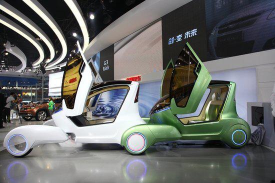 特斯拉领衔亮相2018新能源车展