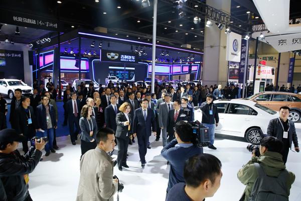 专业观众预登记通道开启 2018新能源车展约定你!