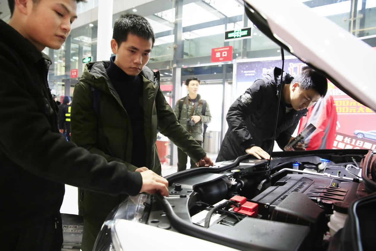 年底规模最大的室内武汉车展 钜惠来袭