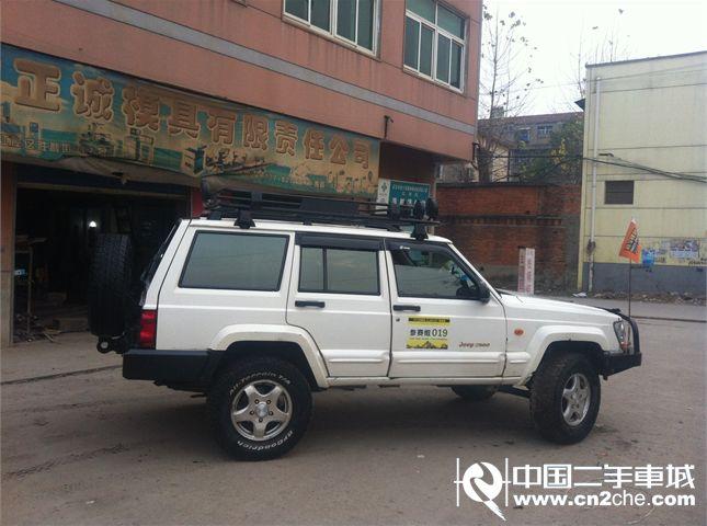 2004年2月二手北京吉普吉普2500 价格3.98万高清图片