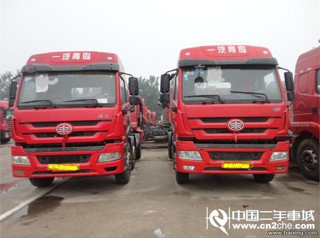 【济南】二手牵引车青岛解放 新悍威(j5m) 重卡 300马力 6x2 前二后六
