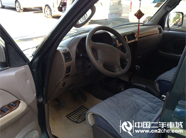 【青岛】2011款二手北汽 陆霸 3000s100标准型 价格3.98万