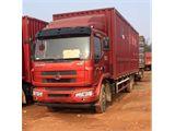 东风柳汽 乘龙 载货车 609中卡 160马力 4X2 前二后四  厢式