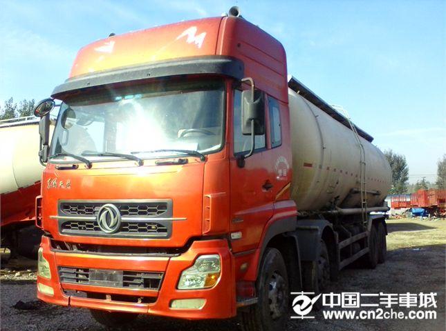 中国重汽 豪沃 牵引车 重卡 336马力 8X4 前四后八