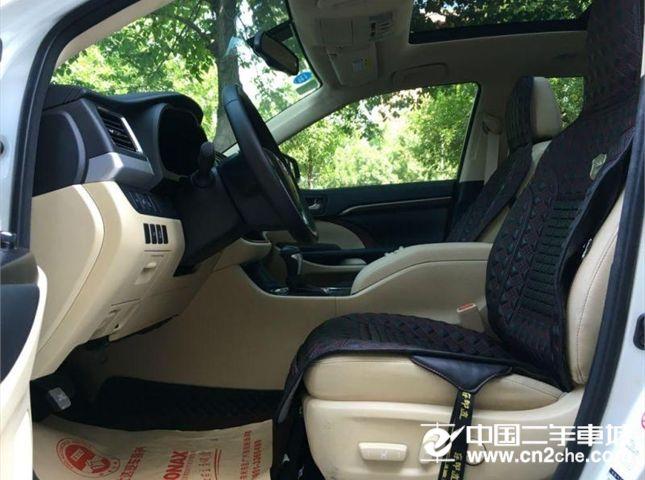 丰田 汉兰达 2015款 2.0T 自动 四驱 豪华版 7座