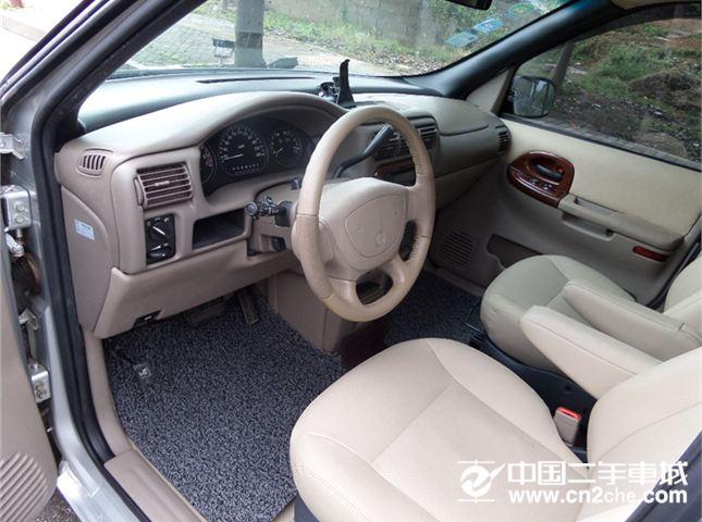 别克 别克GL8 2006款 2.5L豪华版 LT