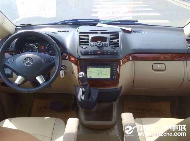 奔驰 唯雅诺 2011款 Viano 3.0 Marco polo