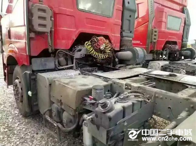 一汽解放 J6 牵引车 420马力 8x2前二后八