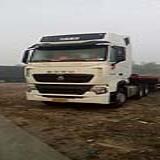 中国重汽 豪沃  A7 HOWOT7H重型半挂牵引车440 6X4