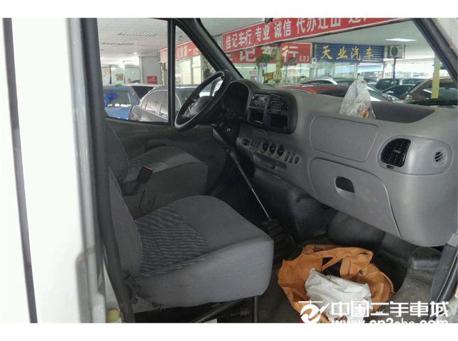 江铃 经典全顺 2006款 柴油 短轴豪华型 中顶