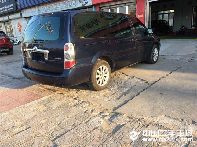 别克 别克GL8 2011款 商务车 2.4 LT 行政版