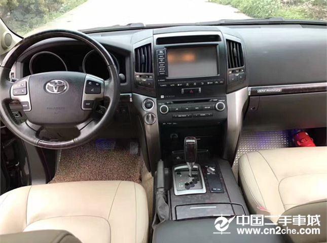 丰田 兰德酷路泽(进口) 2015款 4.0L V6 中东低配版