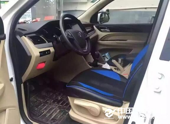 宝骏 730 2016款 1.8L 手动豪华型 7座