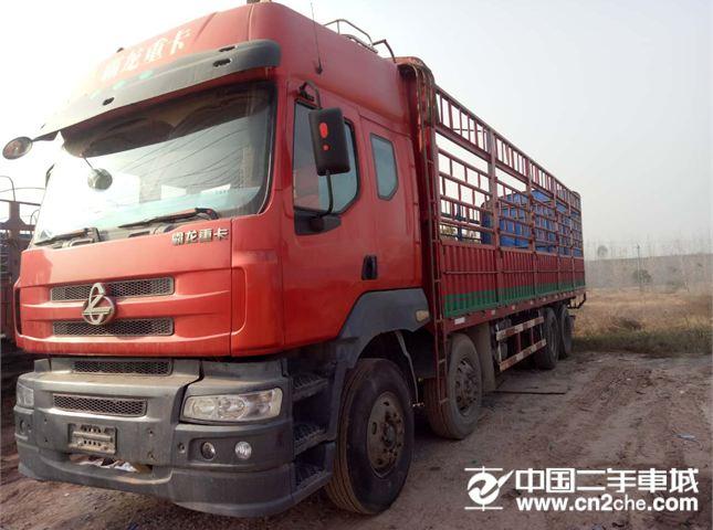 东风柳汽 乘龙 9.6米厢式货车