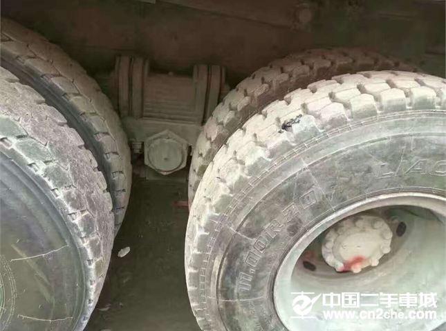 东风柳汽 霸龙 霸龙 507重卡 290马力 8X4 前四后八