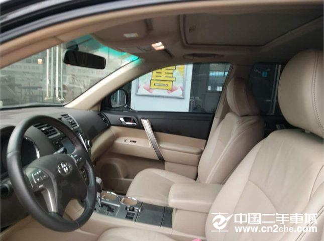 丰田 汉兰达 2012款 2012款 汉兰达 2.7L 自动 豪华导航型 7座 两驱