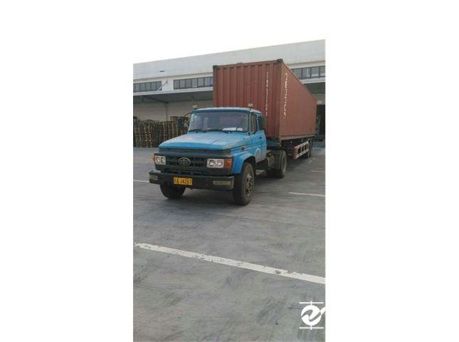 一汽解放 J4R 牵引车 重卡 220马力 4X2 前二后四