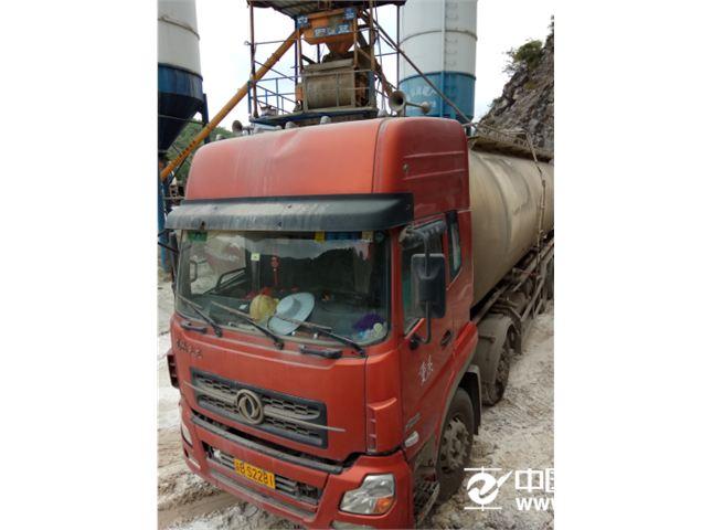 东风 天龙  粉粒物料运输车
