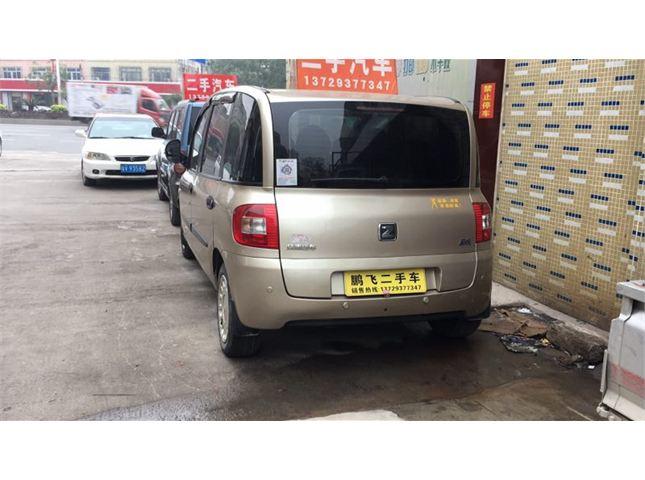 众泰 朗悦 2010款 1.6L 汽油 豪华型 6座