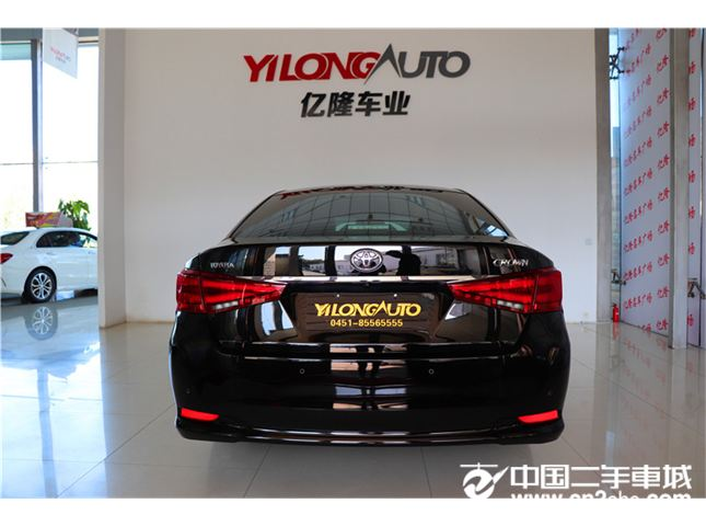 丰田 皇冠 2015款  2.0T 时尚版