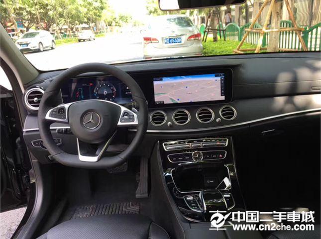 奔驰 E级 2016款 E 300 L 时尚型