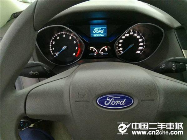 福特 福克斯三厢 2012款 1.6L 自动 舒适型