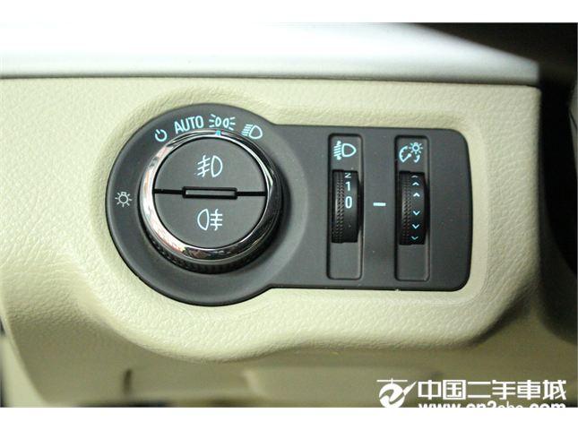 别克 别克GL8 2014款 2.4L SIDI舒适版