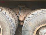 中国重汽 豪沃 出售二手豪沃后八轮自卸车,5.8米大箱,手续齐全,可分期
