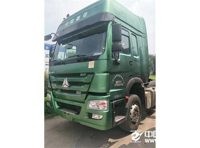 中国重汽 豪沃 380马力轻量化