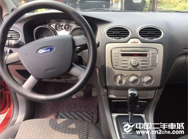 福特 福克斯三厢 2015款 三厢ECOBOOST180自动精英型