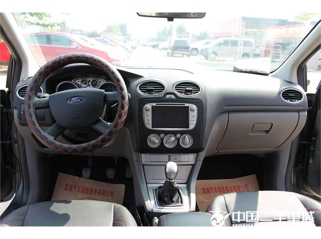 福特 福克斯两厢 2013款 经典款 1.8L 手动 时尚型