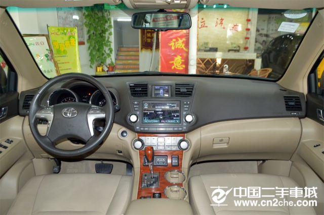 丰田 汉兰达 2015款 3.5L 自动 四驱 至尊版 7座