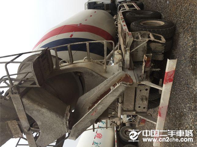 中国重汽 搅拌运输车 豪沃 混凝土罐车