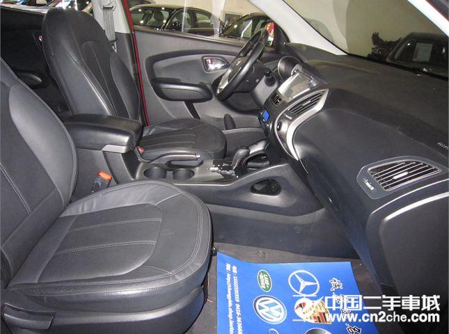 现代 ix35 2010款 2.0 精英版 GLS 2WD AT