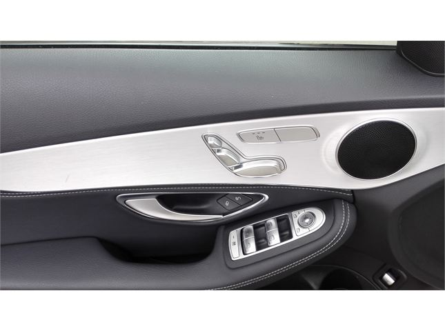 奔驰 C级 2017款 C200 改款 C 200 运动版 4MATIC 2.0T 涡轮增压 184马力