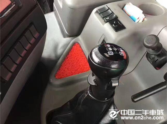 东风 天龙 420马力启航版牵引车