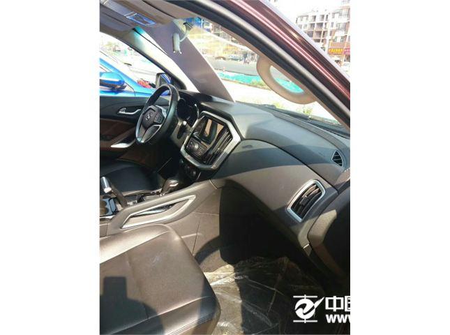 江铃 驭胜   新S350 2.0T 手动 两驱 豪华版 汽油 七座版