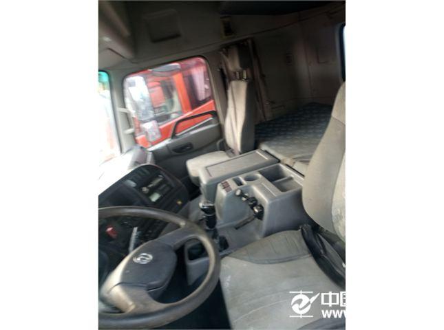 东风 天龙 天龙燃气LNG车  雷诺385  14年底上户 一共四台 可挑选 选择多多 双驱 轻体