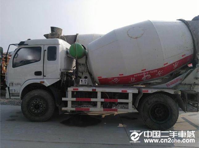东风 东风搅拌车 出售东风福田运隆搅拌罐车,国四,6方罐