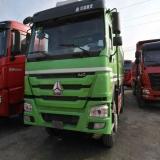 中国重汽 豪沃 出售14年7月豪沃自卸车,340马力,5.6米大箱