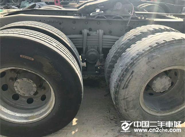 福田 欧曼 出售欧曼ETX牵引车,双驱轻体380马力,6条新轮胎,带一年