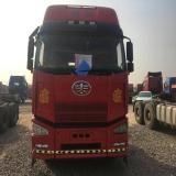 一汽解放 J6 出售解放J6牵引车,420马力,双驱轻体,国三车