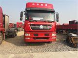 中国重汽 豪沃 刚到一辆豪沃M5G 350马力 15年8月份 国四