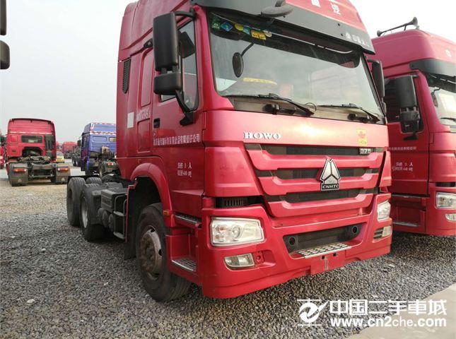 中国重汽 豪沃 出售一批二手国三豪沃牵引车,14年4月份,375马力