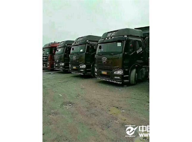 解放 JH6  重卡 460马力 6X4牵引车(CA4250P25K2T1E4)