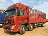 东风 天龙 9.6米厢式货车
