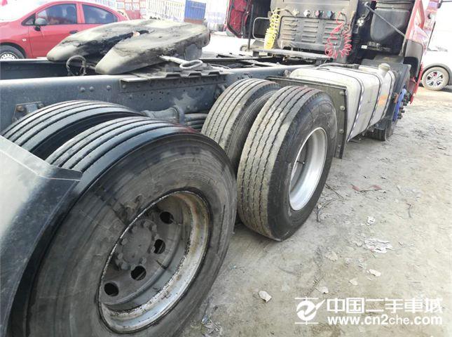 东风 天龙 急售二手东风天龙牵引车,国三,420马力 双驱轻体,手续齐全