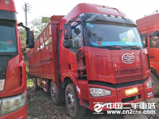 青島(解放) 途V 載貨車 重卡 350馬力 8X4 9.5米倉柵式載貨車(一汽)