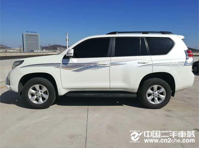 【大连】2010款二手丰田 丰田 2700 2.7 at 中东版 价格27.50万