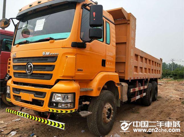 陕汽重卡德龙M3000后八轮自卸车价格32.00万